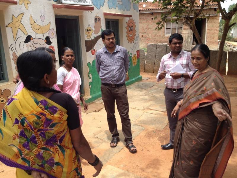 Low cost toilet technologies - field visit by RGIPH students, Aralare, 13-08-2015